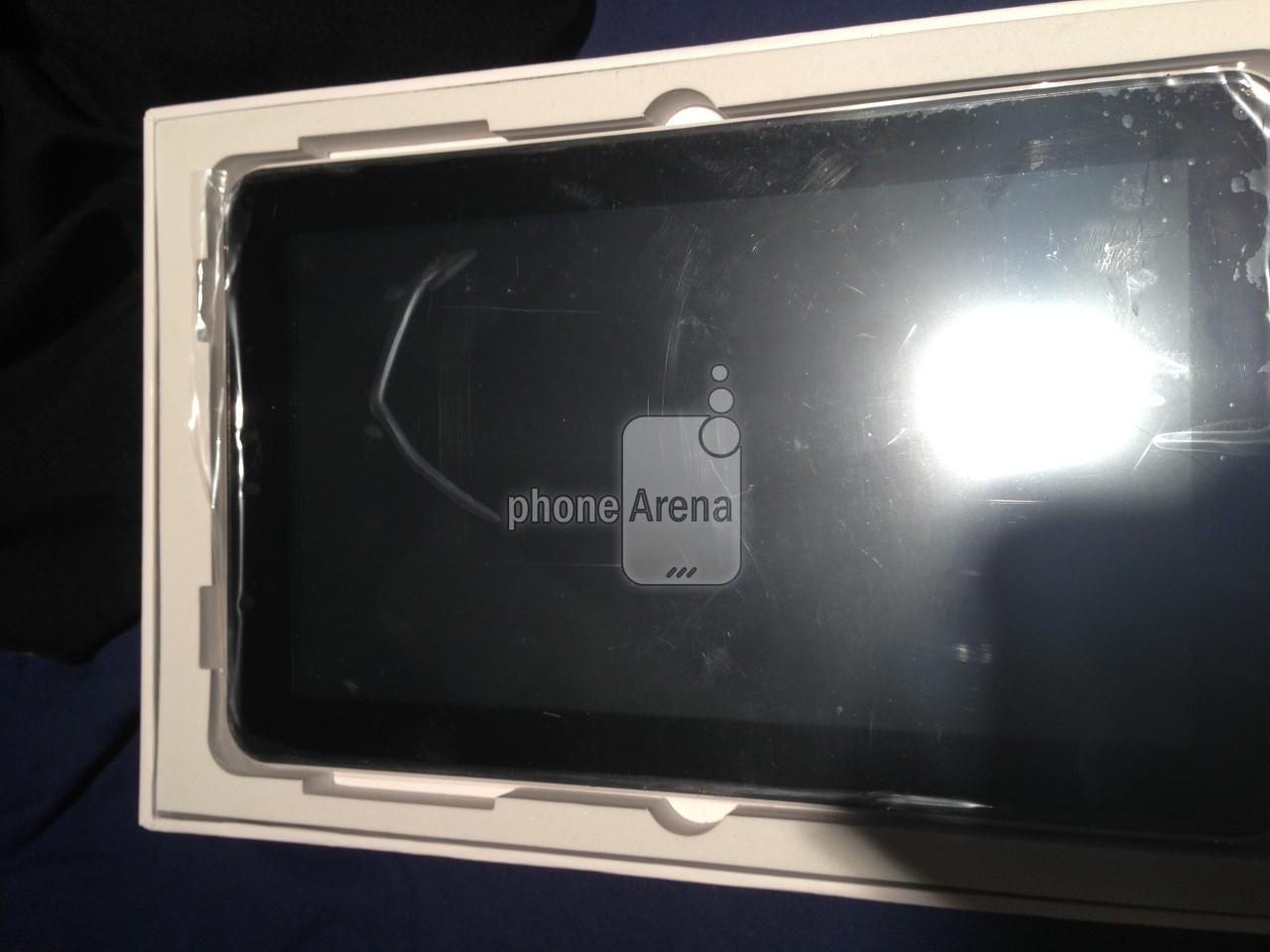 Samsung-Galaxy-Tab-3-box