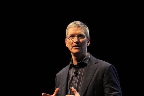 tim-cook-verizon-iphone-event-001